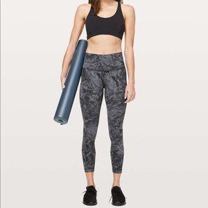 Lululemon Wunder leggings- Size 2 run big (4)